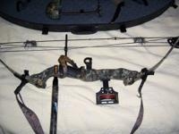 "LH Jennings Compound Bow, 70# pull, 29"" draw (ajustable"