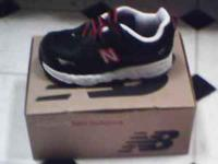 Brand new size 6 wide, black red n white never worn New