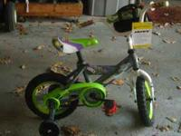 "12"" boy's Huffy Buzz Lightyear bike - only 8 months old"