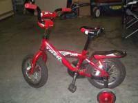 """Boy's TREK Bike Red 12"""" wheels Training wheels Great"""