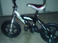 Kid's Upland Storm bmx 12 Series bike. Consists of a