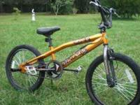 "20"" Mongoose ""Hoop D"" BMX Freestyle Bike with Wheel"