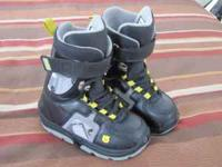 Burton snowboarding boots size 3 boys . $25.00