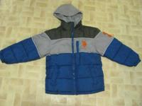 boys coat sz 8  Polo reversible. .great condition  show