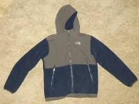 $45 - Boys North Face Denali hooded size L 14. Fits a