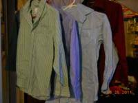 yes i have 4 dress up shirts with collars n button ups,
