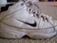Nike boys basketball shoes size 6 (youth). White with
