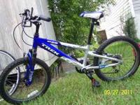 Boys Trek MT 60 bicycle. Bike has 6 speeds and the