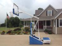 For sale: BPI 2000 portable basketball hoop. Locking