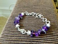 New bracelet with genuine amethysts and pearls, beads.