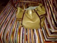 Beautiful, supple, brown leather, Brahmin purse for