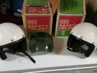 I have 2 GEMCO safey helmets. color : white Size