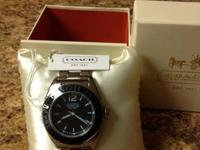 I am selling this brand new Women's Coach Watch. This
