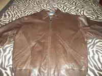 BRAND NEW BROWN LEATHER JACKET NEVER WORN SIZE XL NICE