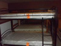 this is a new bunkbed that will split down into 2 twin