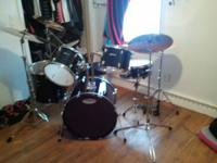 Im selling my brand new drum set. Its been very well