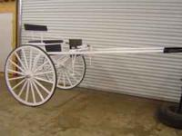 BEAUTIFUL white show cart. This cart is suited best for