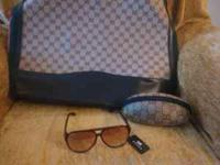Brand new Gucci purse with glasses & with tags perfect