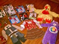 **I HAVE A VARIETY OF BRAND NEW HALLOWEEN COSTUMES IN