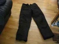 Brand new mens Slalom black snowboard pants. Size