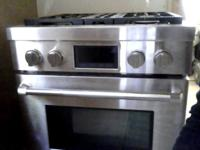 Jenn-Air Stainless Steel dual range/convection for