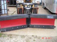 NEW WESTERN 8 1/2 ' MPV SNOW PLOW SETUP , WAS USED AS