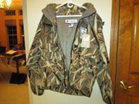 This is a Brand new with tags $375 COLUMBIA PHG Delta