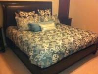 I have this brand new king size set (Ophelia-Waterford