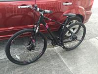 Brand new never used Diamondback mountain bike with