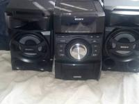 BRAND NEW Sony Mini HI-FI Component System.. Never used