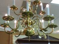 Stunning high quality brass chandelier. Excellent
