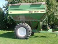 For Sale Brent Grain Cart Model 310, 400 bu. 1000 pto