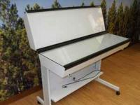 This is a Bretford Acculight Photo Lightbox Table,