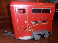 TOY Breyer Red Horse Trailer fits the large size