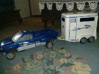 BREYER FULL SIZE TRUCK & TRAILER  Good condition,