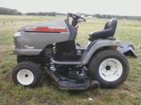 BRIGGS AND STRATTON RIDING LAWNMOWER 22 HORSE POWER 52