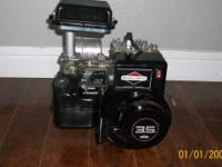 3.5 HP BRIGGS & STRATTON MOTOR IN LIKE NEW AND