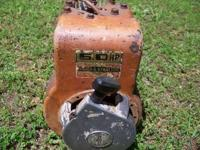 BRIGGS & STRATTON HORIZONTAL 5 HP MOTOR, HAS CAST IRON