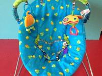 Bright Starts Frog Wellspring Bouncer Seat - Just