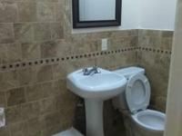 BRIGHT SUNNY LARGE 3 BEDROOM/1 MODERN BATH