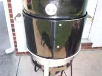 BRINKMAN PROPANE GAS SMOKER - USED ONLY ONE TIME. LIKE