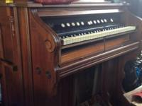 Bristol Pump Organ in great condition. We no longer