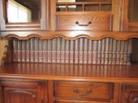 Encyclopedia Britannica Set in good condition ...great