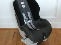 2 Britax Roundabout carseats (1 black/gray, 1