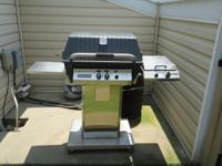 High quality Broilmaster gas grill. Purchased new in