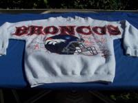 This Broncos sweatshirt is made by Fruit of the Loom