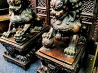 Chinese Foo Dog, Statues of guardian lions have