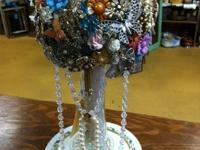 Looking for a Brooch Bouquet for your vintage wedding?