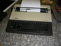 Brother type writer portable ele. work can buy ink
