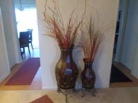 Brown beautiful vases, excellent condition. accessories